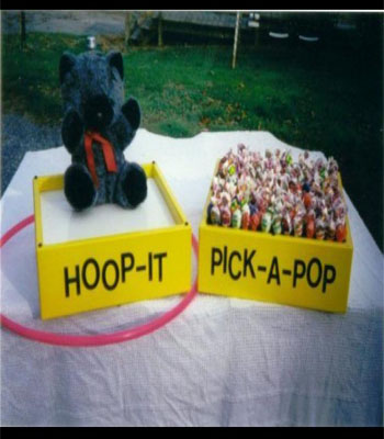 Hoop It / Pick A Pop Carnival Game